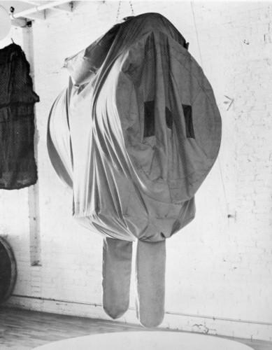 Claes Oldenburg - Three-Way Plug, Scale D, Soft