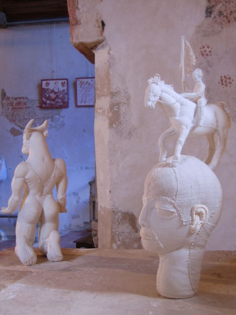 Karine Jollet - Minotaure et Chevalier - soft sculpture