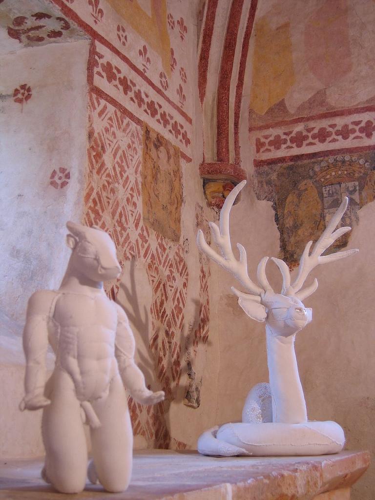 Karine Jollet - Minotaure et Serpent Gardien - soft sculpture