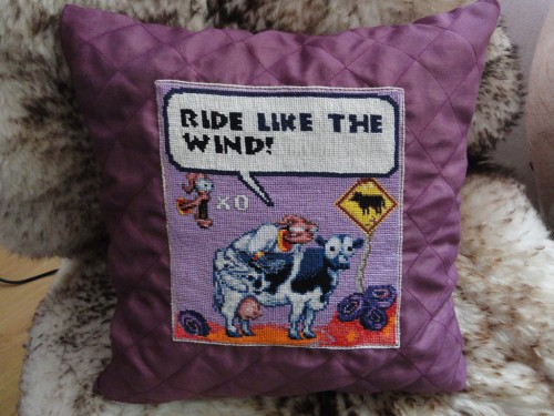 Zeephra's Earthworm Jim Pillow