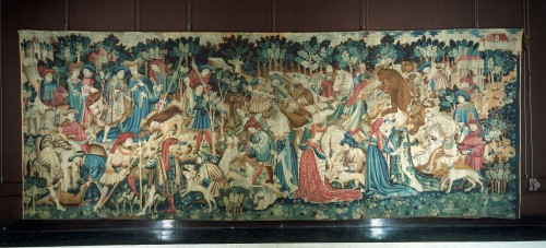 boar and bear tapestry V&A