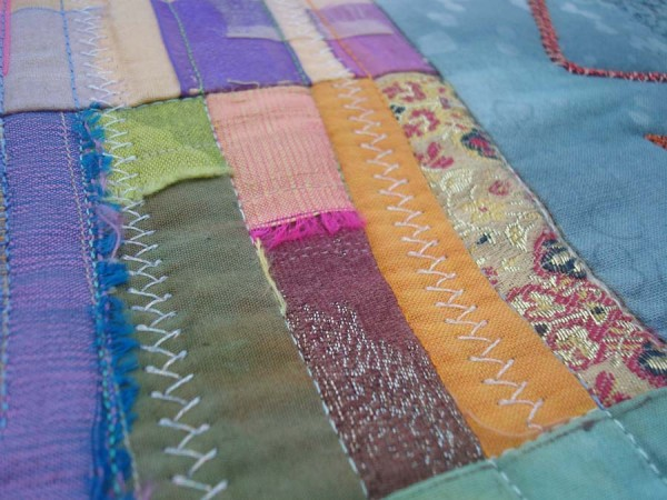 Beautiful blend of scraps (just like life...) in this Eleanor Levie quilt.