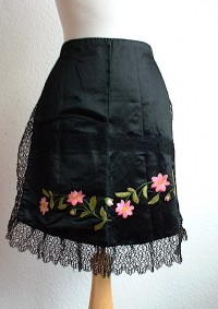 Victorian Apron  (collection of Ruth Singer)