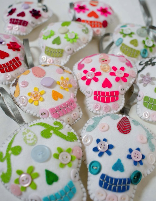 Sugar Skull Decorations by Minimanna (Hand Embroidery)