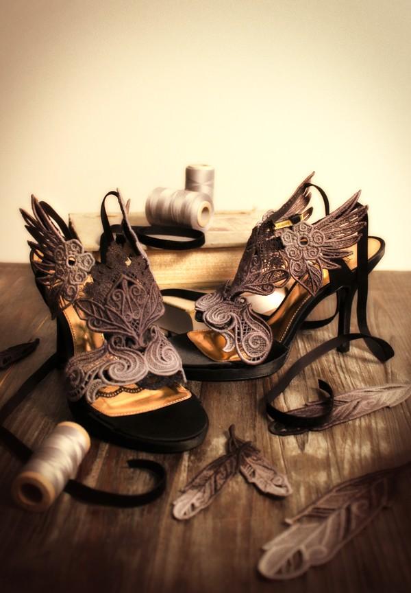 Urban Threads - Evenfall Shoes
