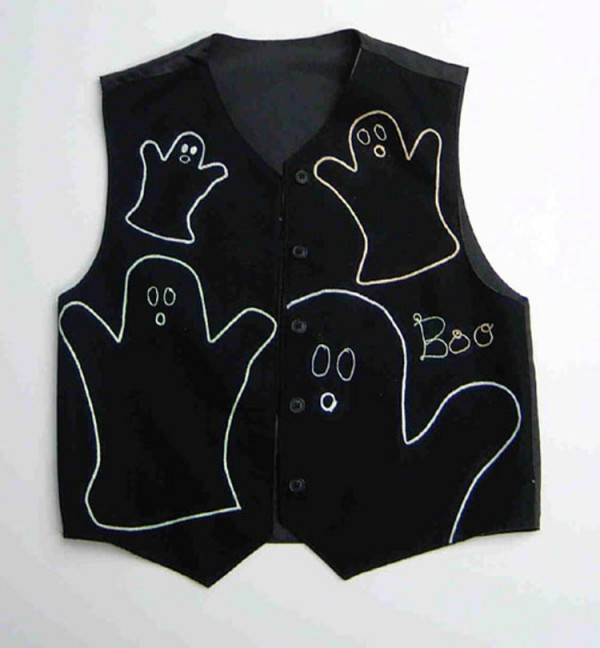 Use iron-on glow-in-the-dark thread to make a quick Halloween costume.