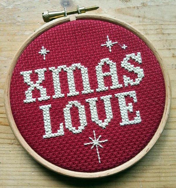 Xmas Love, by Mr X Stitch