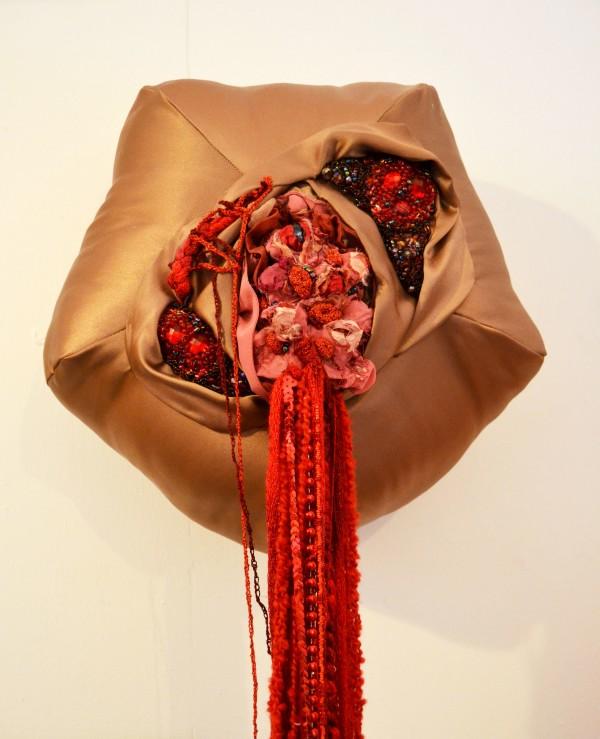 Holly Rozier - Bleeding Scabby Blob, 2013, Textile Mixed Media, 40x40x150cm