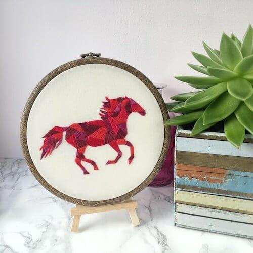 Hatchling Makes - Horse Hoop