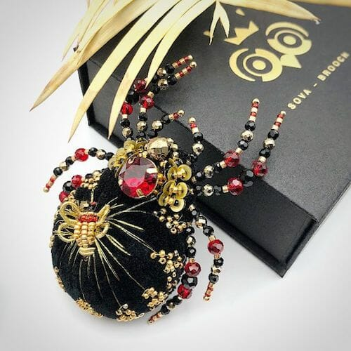 Sova Brooch - Black Spider Brooch