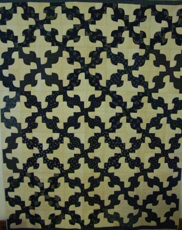 Drunkard's path quilting block - traditional quilt blocks